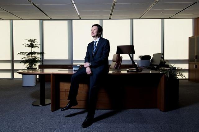 Tỷ phú bị phế truất Shin Dong-joo (Ảnh: Bloomberg)