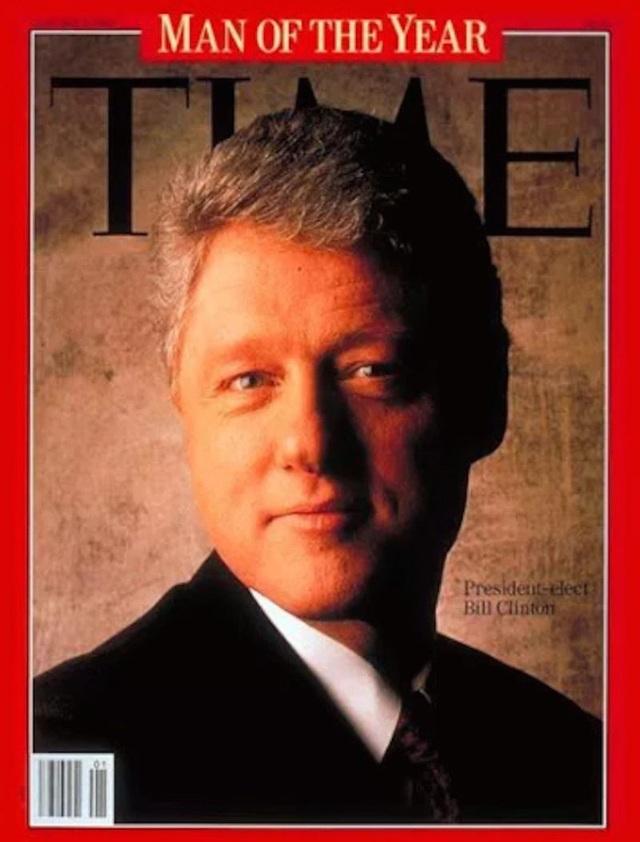 Chữ M cũng xuất hiện trên đầu ảnh chân dung của cựu Tổng thống Mỹ Bill Clinton trên trang bìa của TIME. (Ảnh: TIME)