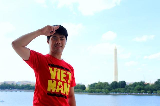 Chàng trai Lương Mạnh Hà trong chuyến đi Mỹ với vai trò đại diện cho thanh niên ASEAN.