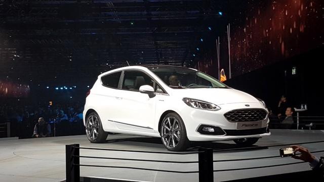 Ford Fiesta 2017 có gì mới? - 14