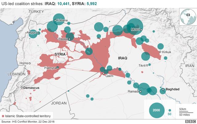 Bản đồ cho thấy các khu vực hiện do nhóm phiến quân IS đang kiểm soát tại Iraq và Syria (màu nâu đỏ) tính tới tháng 12/2016. (Đồ họa: BBC)