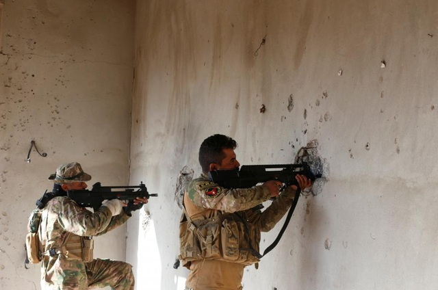 Cảnh chiến sự khốc liệt tại sào huyệt của phiến quân IS ở Iraq - 14