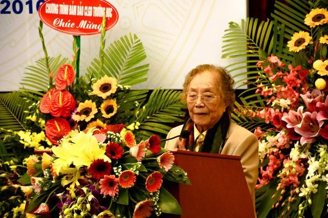 Nguyên Phó Chủ tịch nước Nguyễn Thị Bình