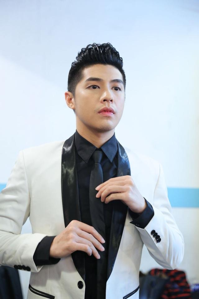 Nam ca sỹ nổi tiếng với bản hit Biệt ly luôn xuất hiện với hình ảnh bảnh bao và hoàn hảo trong mỗi sự kiện