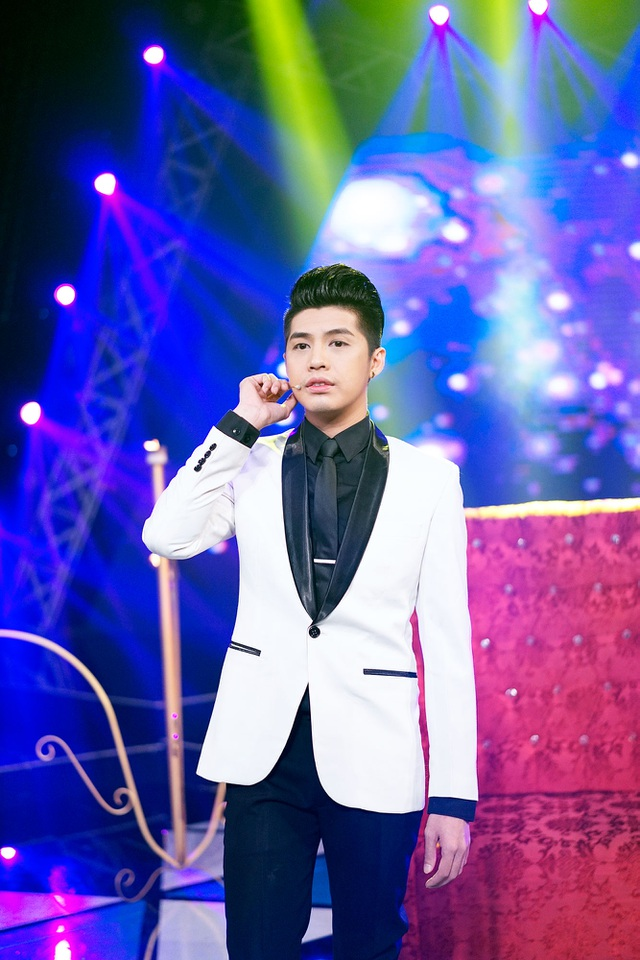 Năm 2016 là năm có ý nghĩa quan trọng với Noo Phước Thịnh bởi anh gặt hái nhiều thành công như trở thành quán quân Hòa âm ánh sáng, làm huấn luyện viên Giọng hát Việt nhí và gần đây nhất là được mời tham gia trình diễn tại Asia Song Festival tại Hàn Quốc.