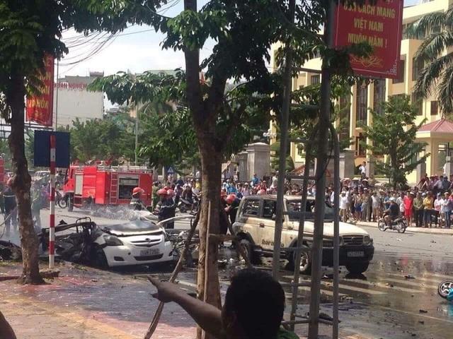 Xe taxi phát nổ kinh hoàng ở Cẩm Phả, 2 người thiệt mạng - 1