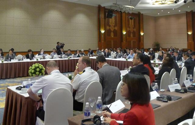 Đông đảo các đại biểu dự hội thảo (Ảnh: An Bình)