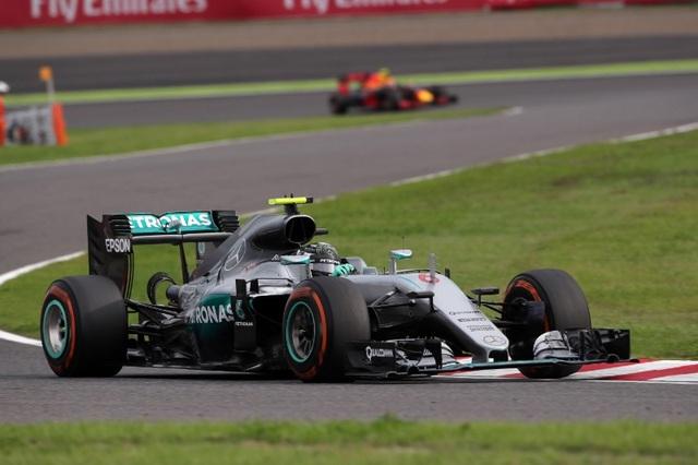 Nico Rosberg có chiến thắng chặng thứ 9, Mercedes vô địch F1 2016 - 9