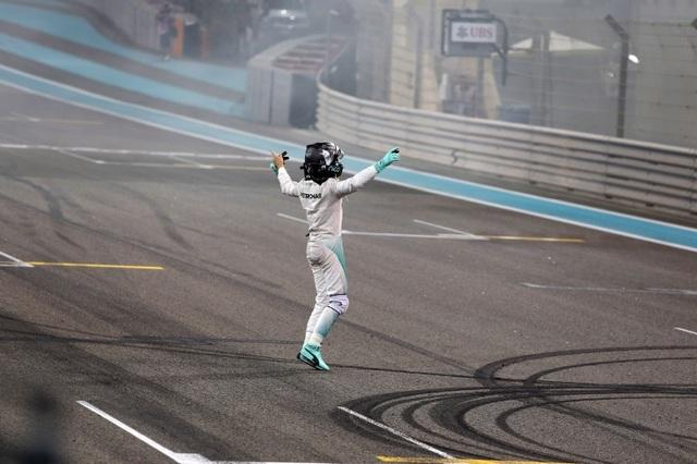 Nico Rosberg lên ngôi vương tại F1 2016 - 5
