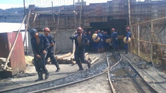 Một vụ bục túi nước tại công ty than Hòn Gai vào tháng 8/2015 (ảnh CTV)