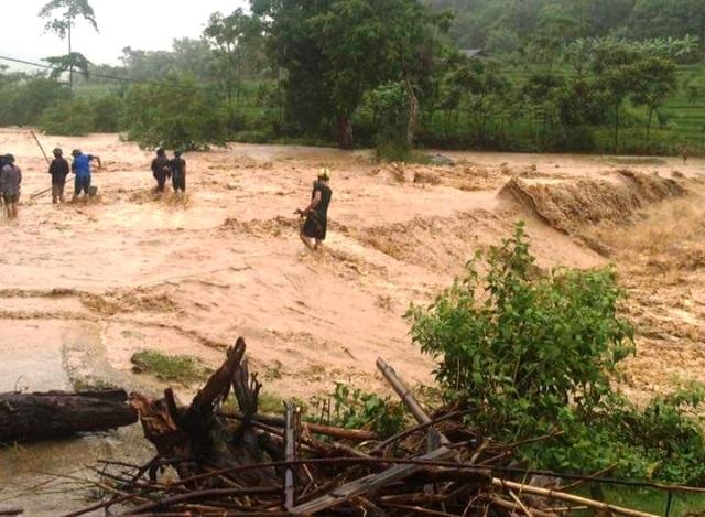 Lũ lụt hồi tháng 8 trên địa bàn miền núi Thanh Hoá khiến nhiều địa phương bị cô lập