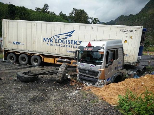 Hiện trường vụ tai nạn tại Lạng Sơn sáng nay (Ảnh CTV)