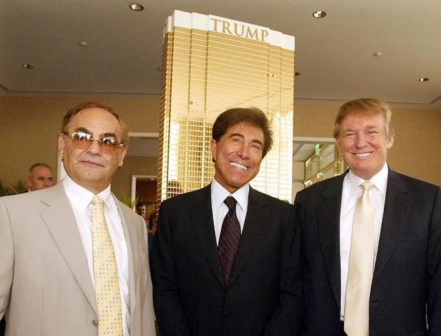 Ông Donald Trump và những người bạn tỷ phú của mình.