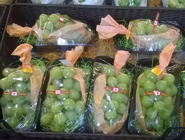 Nho Nhật khiến nhiều người đặt mua vì vị ngon và chất lượng an toàn