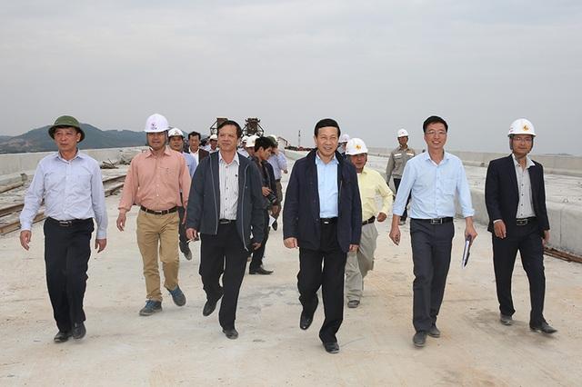 Thông xe kỹ thuật cao tốc, đoạn Hạ Long - cầu Bạch Đằng, trong tháng 1/2017 - 1