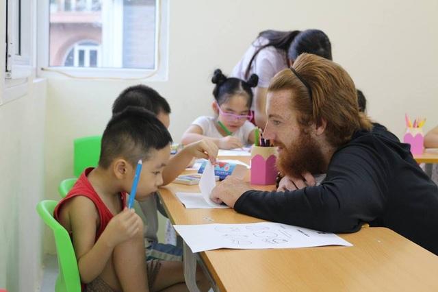 Làm thế nào để trẻ phát huy tư duy sáng tạo cùng với học tiếng Anh?