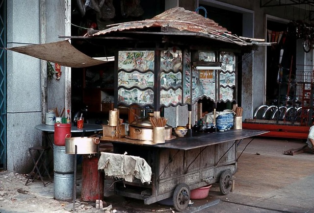 Khám phá Sài Gòn trước 1975 qua văn hóa ẩm thực đường phố - 1