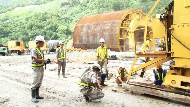 Viettel phủ sóng hầm đường bộ đầu tiên tại Việt Nam - 1