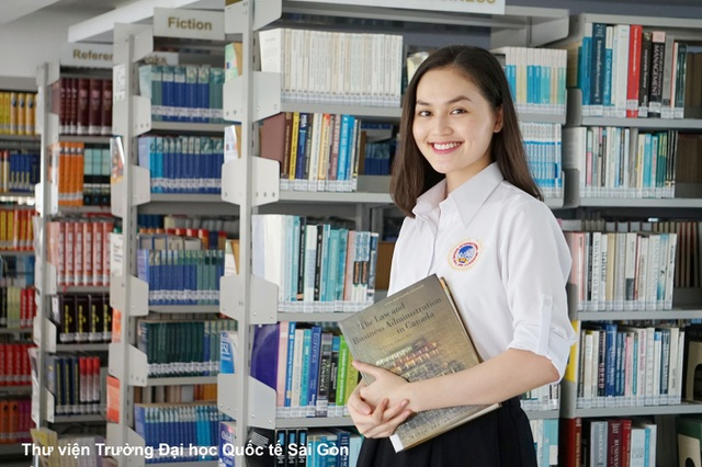 Hơn 19.000 học sinh tham gia SIU BOOKIES 2016 - 1