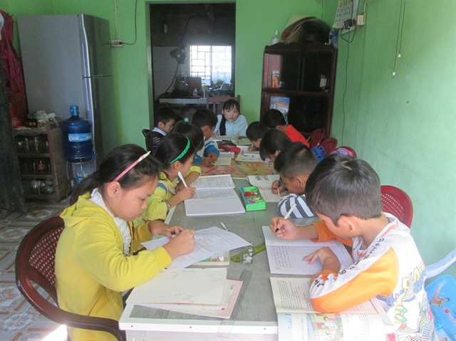 Lớp học chủ yếu là các em học sinh có hoàn cảnh khó khăn.