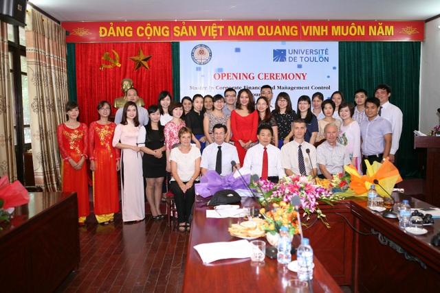 Lễ Khai giảng thạc sỹ Tài chính doanh nghiệp và Kiểm soát quản trị khóa 4.