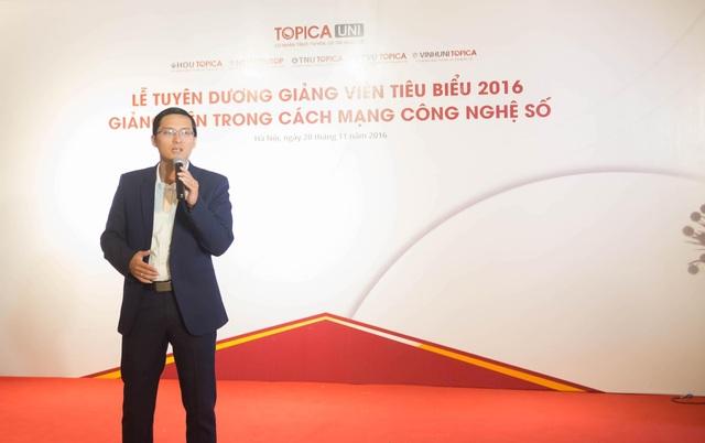 Lễ tri ân mở màn bằng tiết mục văn nghệ đến từ sinh viên Nguyễn Hoàng Nam - đang theo học chương trình NEU-EDUTOP