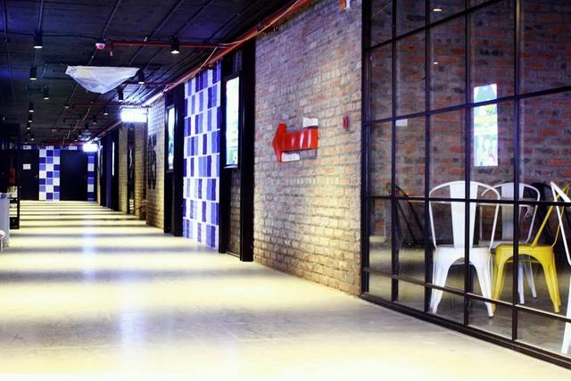 Không gian rộng rãi, sáng sủa đảm bảo có thể phục vụ một lượng khách lớn trong ngày khai trương
