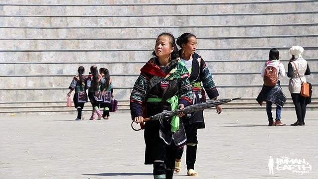 Các bé gái dân tộc ở vùng biên giới dễ trở thành nạn nhân của các vụ bắt cóc.