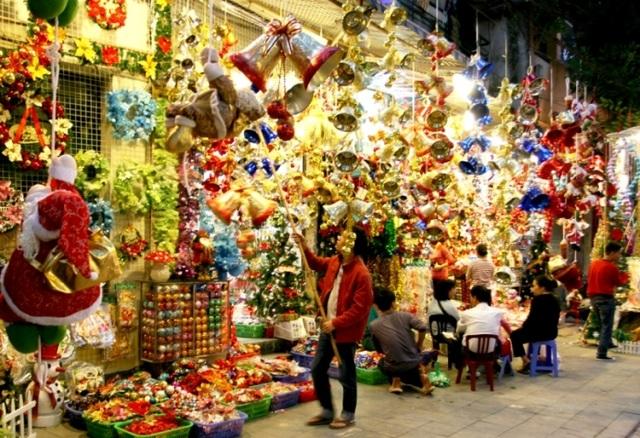 Những địa điểm vui chơi Noel 2016 hấp dẫn nhất Hà Nội - 1