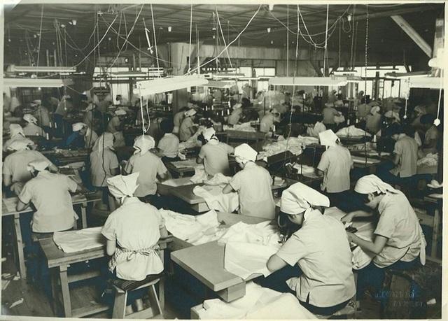 Nhà máy đầu tiên sản xuất những chiếc áo sơ mi Karuizawa Shirt từ năm 1940 tại Nhật Bản