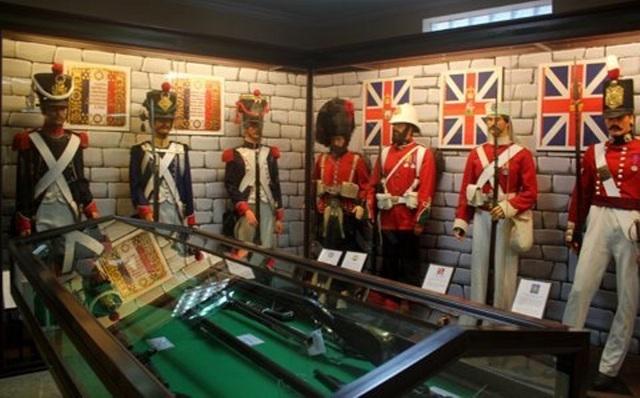 Những hiện vật trưng bày ở bảo tàng