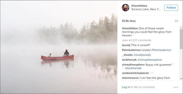 Bạn có thể thấy những account Instagram nổi tiếng đều lựa chọn màu sắc trong hình rất tối giản.