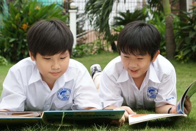 Hơn 19.000 học sinh tham gia SIU BOOKIES 2016 - 2