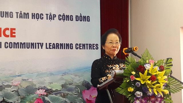 GS.TS Nguyễn Thị Doan, Chủ tịch Hội Khuyến học Việt Nam phát biểu tại hội nghị