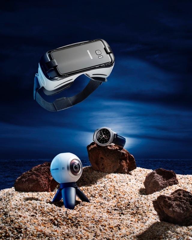 Nội dung 360 độ sau khi hoàn thiện với Gear 360 có thể xem lại dễ dàng trên kính thực tế ảo Gear VR.