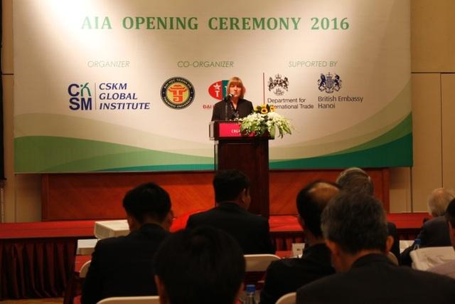 Bà Sharon Gorman – Giám đốc phát triển toàn cầu AIA