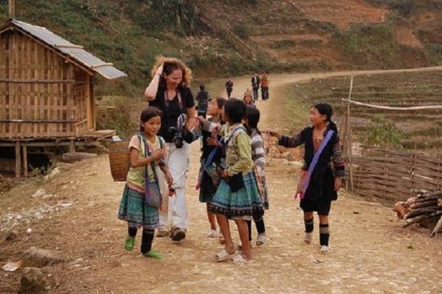 Những điều cấm kỵ khi đến các bản làng dân tộc - 2