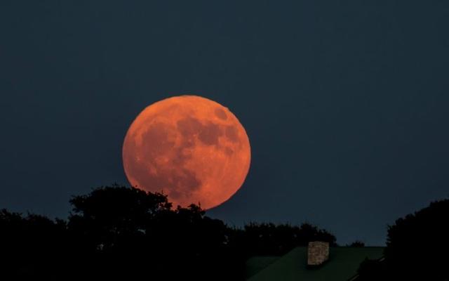 Ngày 14/11: Siêu trăng lớn nhất được nhìn thấy từ trước đến nay sẽ xuất hiện - 2