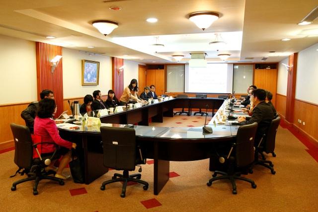 Trường Đại học Thương mại ký kết với Đại học Long Hoa.