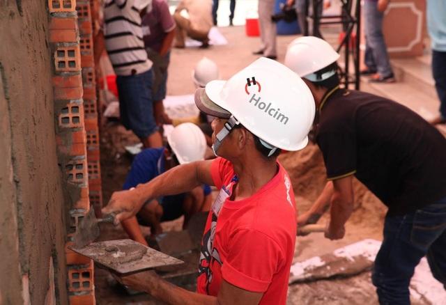 Muốn đảm bảo yếu tố thẩm mỹ trên bề mặt tường, trước hết kết cấu tường phải bền chắc, có khả năng chịu được những tác động bên ngoài.