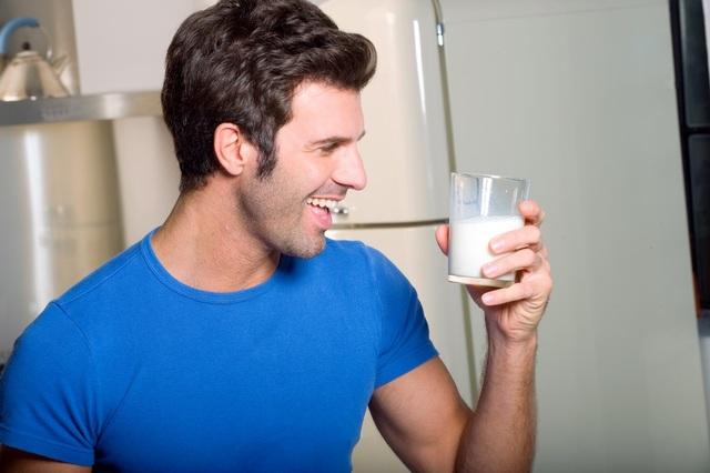 Sữa đậu nành bảo vệ sức khỏe sinh lí của nam giới