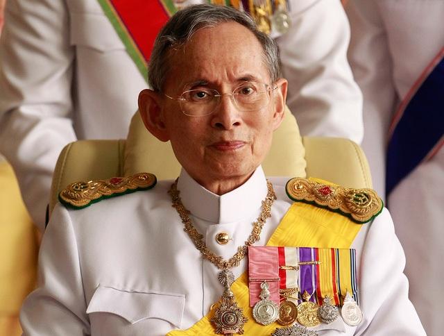 Nhà Vua Thái Lan Bhumibol Abdulyadej (Ảnh: IBtimes)