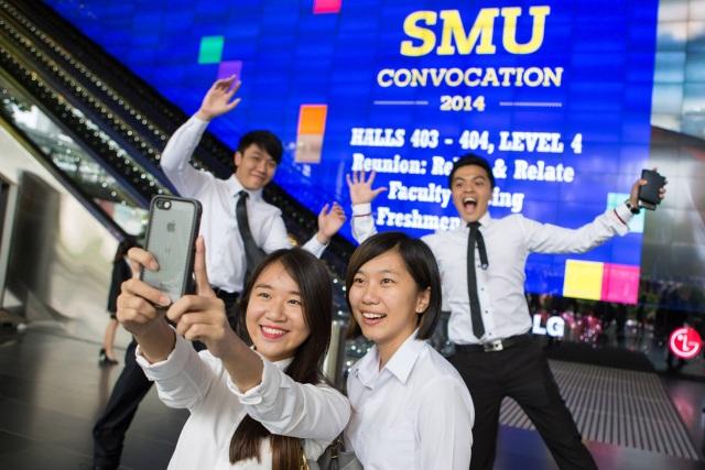 Sinh viên SMU luôn xuất hiện nổi bật và tự tin