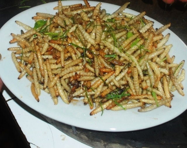 """Những món ăn Việt nghe tên đã muốn """"chùn đũa"""" - 3"""