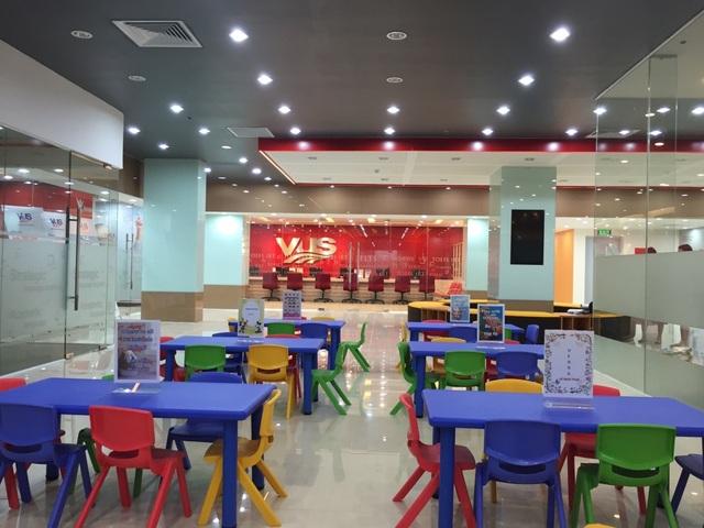 Anh Văn Hội Việt Mỹ (VUS) Lầu 3, Golden Palace – Lê Văn Lương (Hà Nội) cho trẻ môi trường phát triển tiếng Anh toàn diện