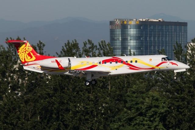 Đại gia nào đang sở hữu chiếc máy bay riêng đắt nhất thế giới? - 3