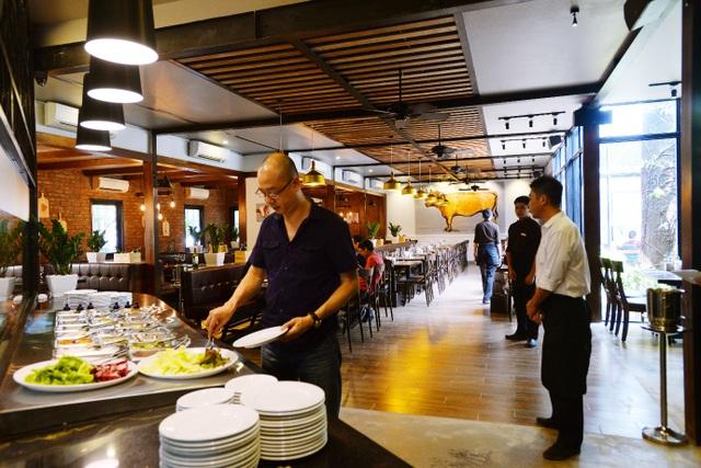Quầy buffet salad ở LeBon Steak
