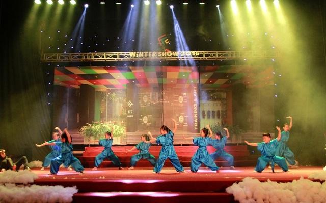 Các thiên thần lớp Wushu mở đầu hành trình giải cứu ông già Noel.