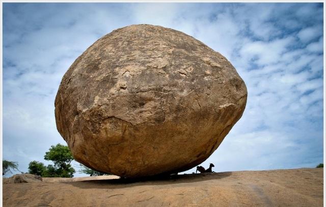 """Hòn đá khổng lồ kỳ lạ """"thách thức"""" quy luật tạo hóa - 4"""