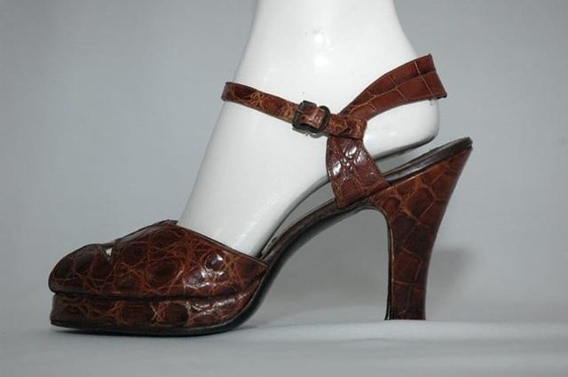 Hành trình biến đổi ngoạn mục của những đôi giày cao gót - 5